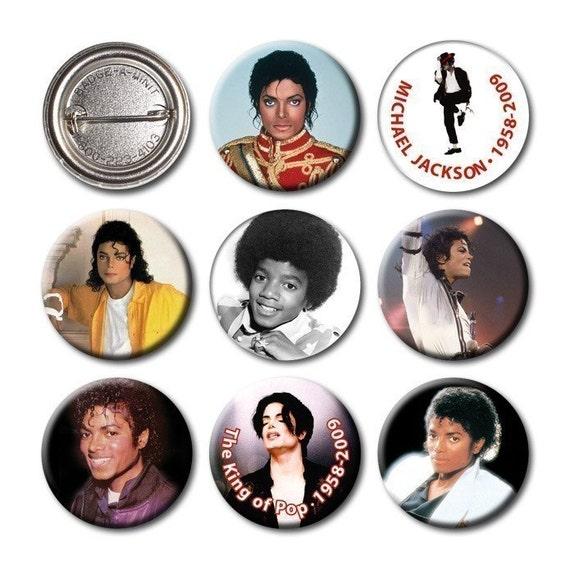 MICHAEL JACKSON - Pinback Buttons (set of 8)