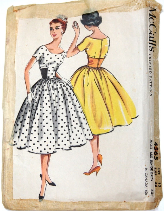 1958 McCalls 4565 50s style dress vintage sewing pattern