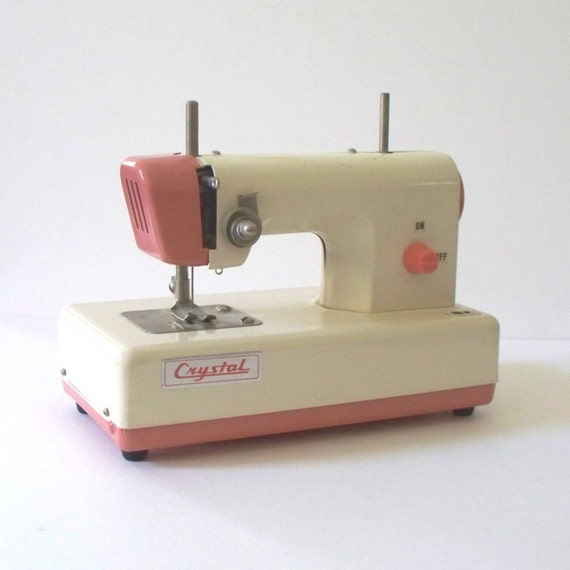 RESERVED LISTING for mimpimurni 1950s Crystal Toy Sewing Machine