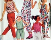 McCalls Vintage Pattern 3092 Girls Pants, Top and Shorts Size 14