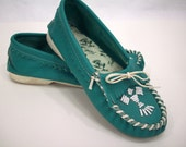 Vintage Moccasin Shoes, Turquoise, Indian, Leather and Lace, Taos, Size 6