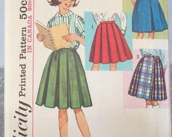 Simplicity 60s Sewing Pattern 5123, Skirt, Girls Size 8, Side zipper
