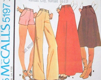 Vintage 70s Sewing Pattern , Misses Skirt, Pants or Shorts- Size 8