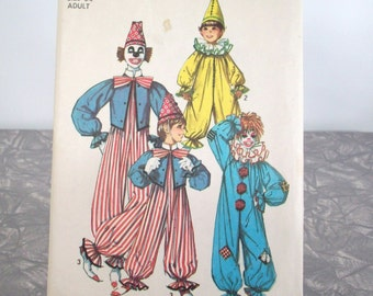 Simplicity 70s Sewing Pattern 7162, Clown Costume,