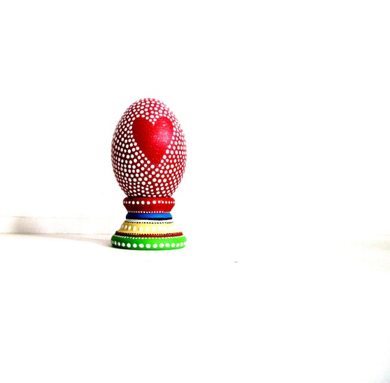 Red Heart: Hand painted wooden egg in stand