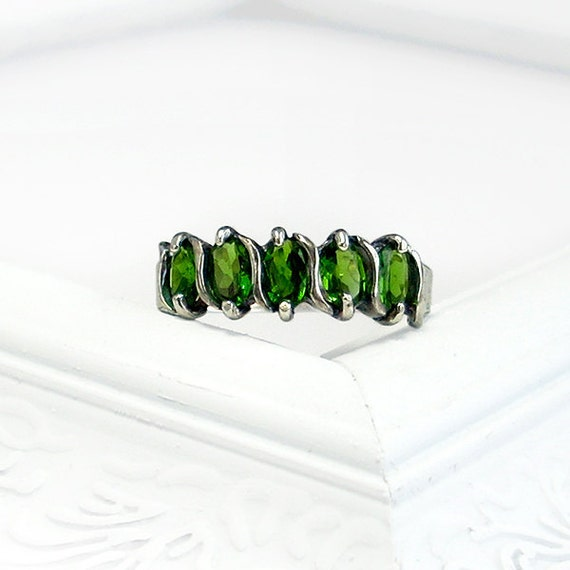Chrome Diopside Vine Ring: Sterling Silver and Chrome Diopside - size 6, five stone, emerald green, oval, mother's ring, anniversary band