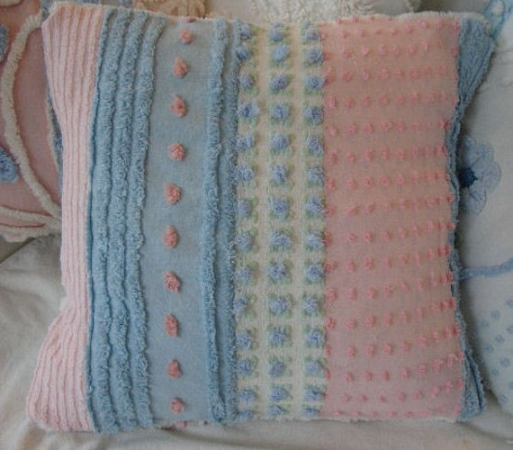 Shabby Chic Chenille Pillows : ViNTaGE CHeNiLLe Pillow/ French Cottage/ Down and Feather/