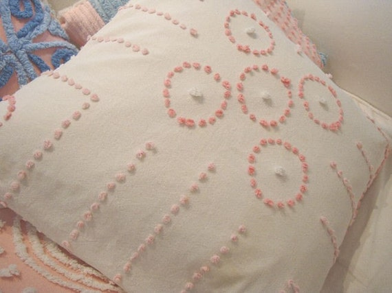Shabby Chic Chenille Pillows : Vintage Chenille Pillow/ CoTTaGe SHaBBy CHiC /PinK