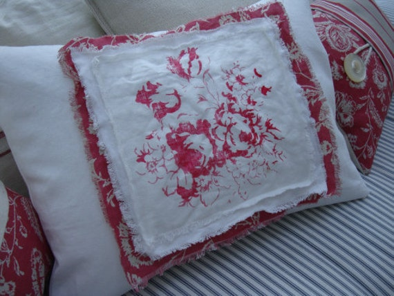PaRiS French ReD Toile Cottage Shabby Chic CaBBaGe RoSes on White Denim PiLLoW