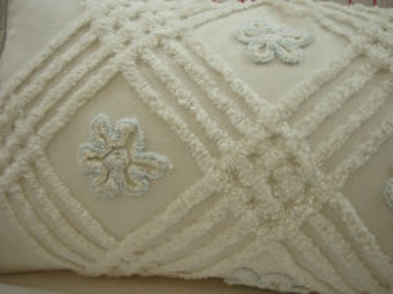 ViNTaGe CHeNiLLe DOWN & Feather SHaBBy CHiC CoTTaGe 11x16 PiLLoW