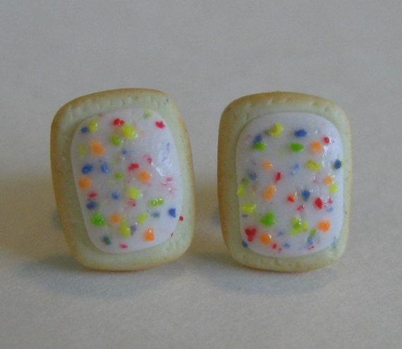 Mini Blueberry Pop Tart Stud Earrings, miniature food jewelry, polymer Clay Pastry