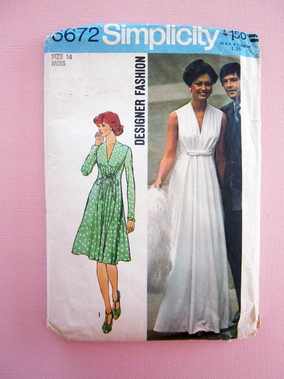 Vintage 1974 Simplicity 6672 Misses Dress in Two Lengths-Designer Fashion Size 14