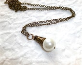 Peeta's Pearl - Katniss' Hope - Hunger Games Inspired Necklace - Made to Order