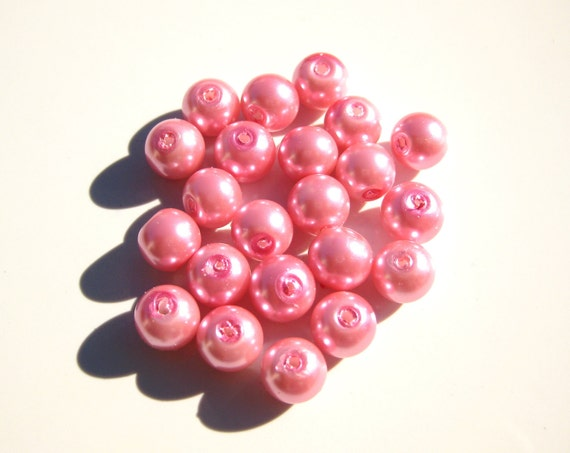 50 Pink 8mm Glass Pearl Beads N0.3 (LO1)