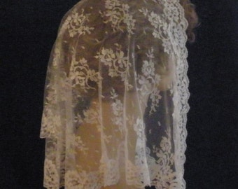 White Mantilla Chantilly Lace Headcovering -- The Laura Style in 3 Sizes, PREMIUM Chapel Veil