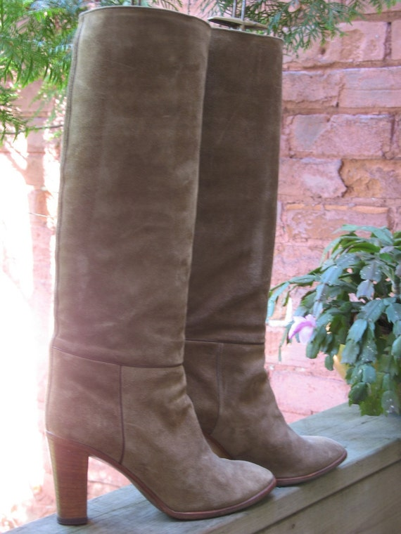 ON HOLD Vintage 70s Charles Jourdan Boots 7 B Taupe Suede Knee High
