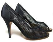 Vintage Shoes Black Fabric Mesh Peep Toe Spike Heel Stiletto Pumps 9