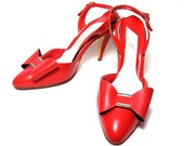 Vintage 1980s Red Shoes Bow Slingback Pumps Vegan 6 1/2 Connie