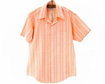 Vintage 1970s Men's Shirt Peach White Stripe Pointy Collar Shirt size Medium Short Sleeve Permanent Press Sports Shirt