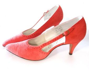 Vintage 50s Shoes Red Suede D'orsay Rockabilly Spike Heel Pumps size 7 Narrow