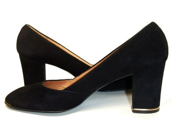 Vintage Shoes Black Suede 70s Chunky High Heel Pumps 7 Narrow