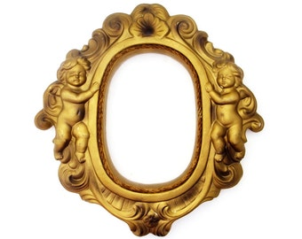 Vintage Cherub Chalkware 1950s Oval Picture Frame Angel Dimensional Wall Art Retro Chic Antiqued Painted Mid Century Home Decor