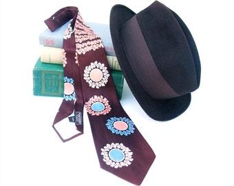 Vintage 40s 50s Wide Necktie Rockabilly Swing Tie Reddish Brown Pink Blue White Croydon Cravat Laurel Wreath Design Mens Accessories