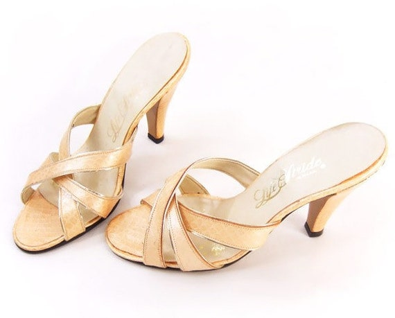 Vintage Shoes 80s Faux Snakeskin Peach Sandals Gold High Heel Mule 6