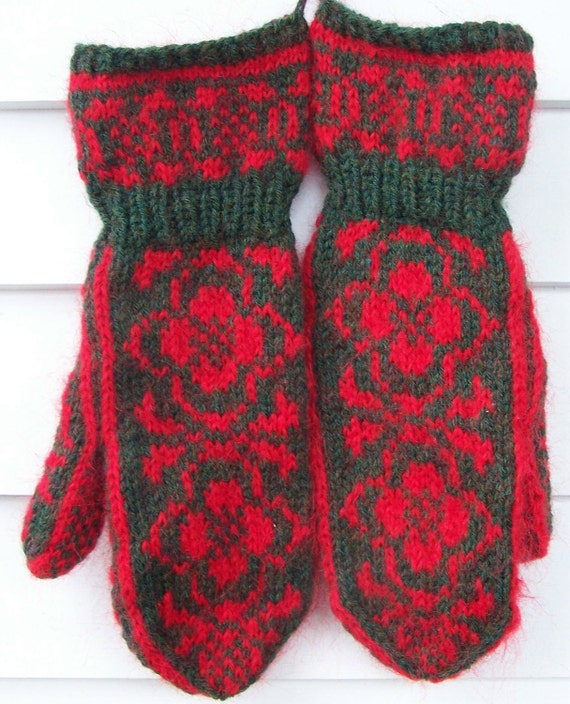 Handknit Mittens Mohair and Wool Blend Cuff Mittens in Forest Green Heather and Christmas Red