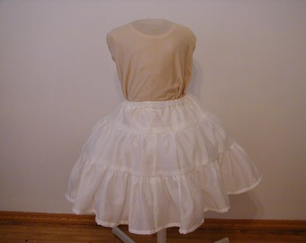 Petticoat - Creates a floating effect when worn under gown. size 6,7,8 or 10