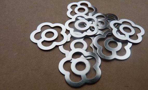 Destash floral paperclips - set of 8