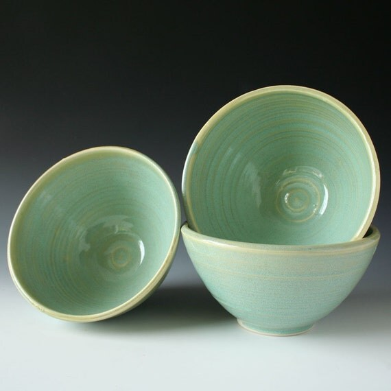 Set of 3 turquoise green bowls, for soup, salad or cereal