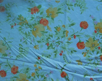 Floral fitted sheet