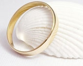 Gold Wedding Band For Men and Women - Simple Happiness
