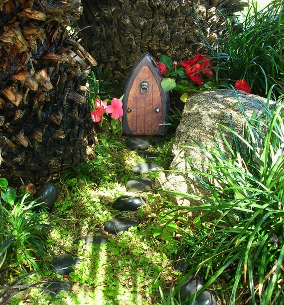 Faerie doors fairy doors gnome doors elf doors by for The faerie door