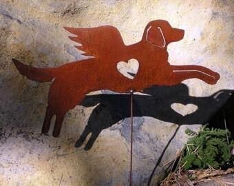 Rusty Finish Golden Retriever Dog Angel Memorial Garden Art Stake