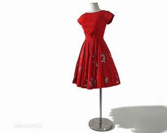 Vintage Red 60s Dress - 1960s Full Skirt Mad Men Dress - Hand Screened Print  S