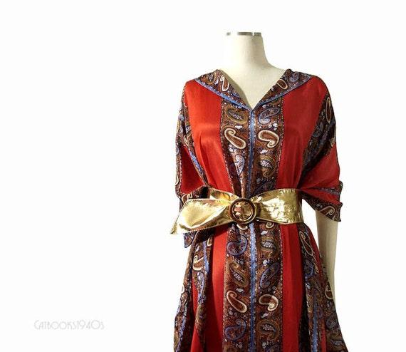 Vintage 70s Boho Scarf Silk Caftan - Ethnic Paisley Print Designer Kaftan OSFM