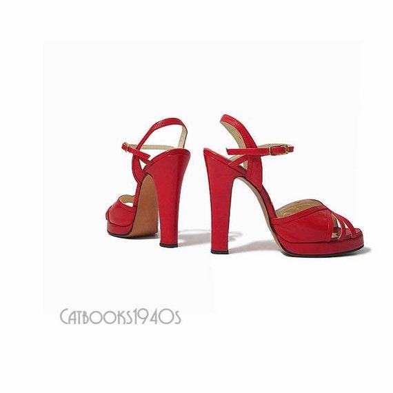 Vintage 70's PLATFORM Shoes - High Heels Cherry Red Leather Deco Details 6.5