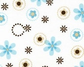 Robert Kaufman's Cozy Cotton Flowers and Circles Flannel in Aqua