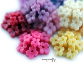 4pc you choose wildflower shiny resin flower cabochons, 20mm, 19 high quality colors, ideal for hairpins and rings