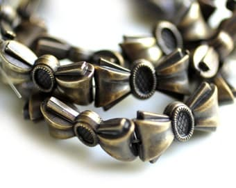 4pc vintage metallic bronze bow beads / matte antique bronze plated lucite bows beads