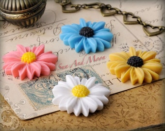 Daisy Cabochons - 10pcs - Colorful Daisies - 30mm Cameo Flat Back - Mix and Match Your Choice of Colorful Resin Flower Cabochons - 30RFD
