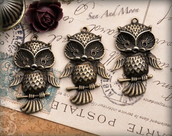 3 Vintage Style Owl Pendants in Antique Brass Finish - Cute Antiqued Bronze Victorian Design