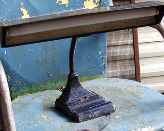 Cool, Retro, DESK LAMP, FlexArm, metal, scratch and dent patina, working lighting