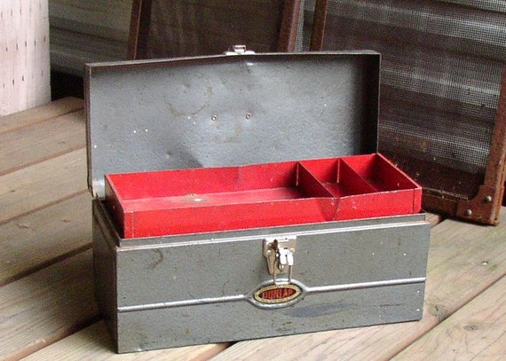 Retro METAL TOOLBOX, Utility, shabby, scratch and dent charm