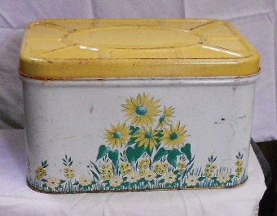 VINTAGE FLORAL BREADBOX, enameled paint, kitchen decor, storage tin, shabby, cottage chic