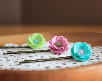 Set of 3 Vintage Paper Flower Hairpins - Mint Green Rose Blue- Unique Hair Accessories - Gifts under 20