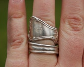 Monogrammed H spoon ring
