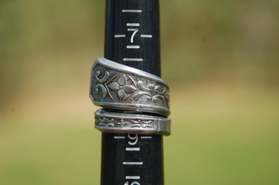 filigree and flowers ring